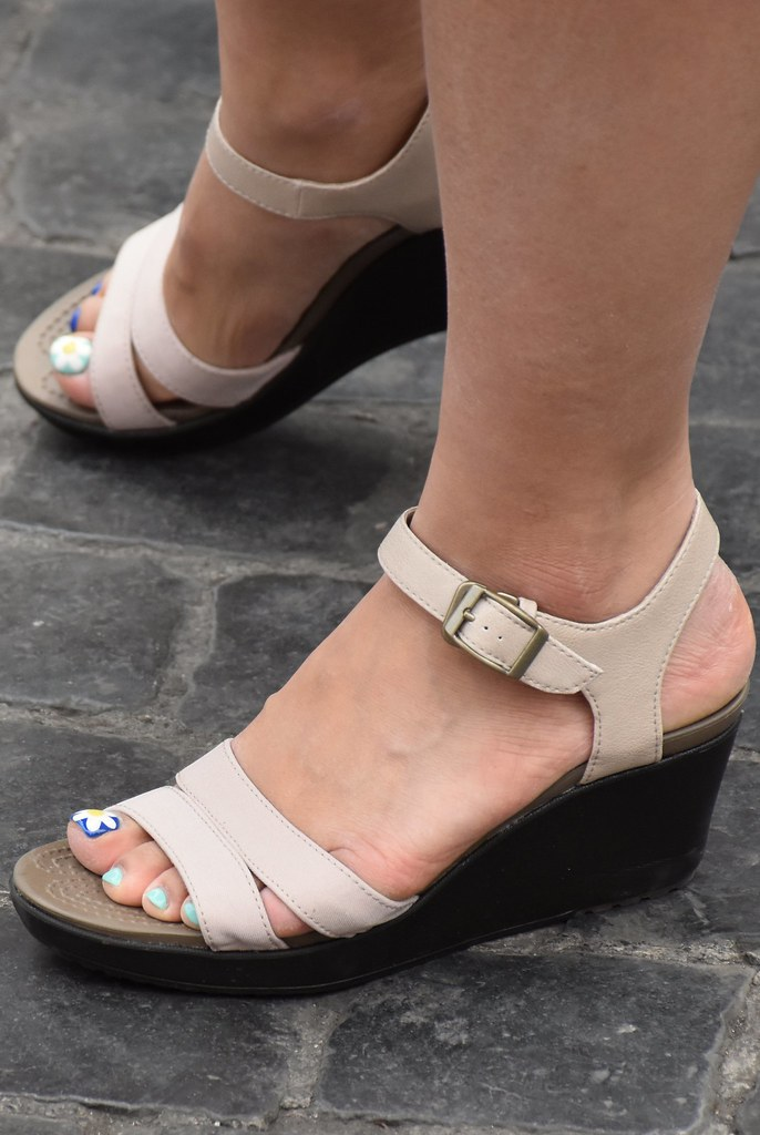 Asian feet pictures