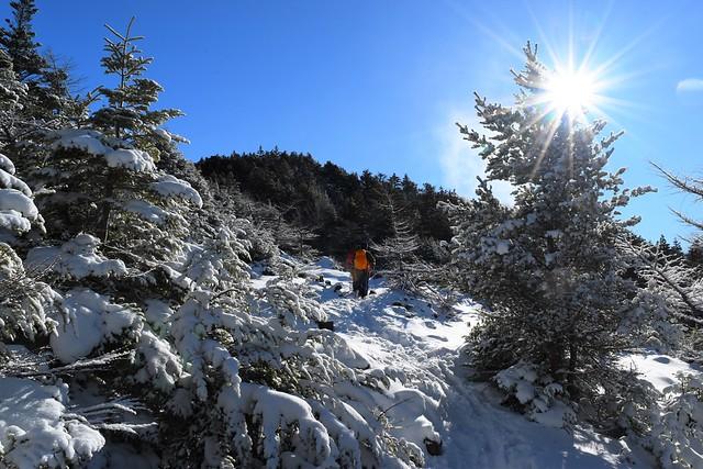 黒斑山 雪の登山道