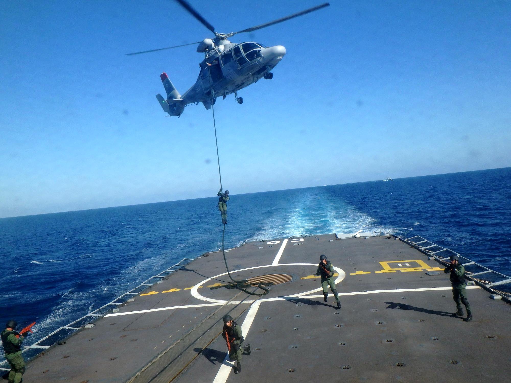 Photos Helicopteres de la MR - Page 4 39342738251_89b8d8b18e_o
