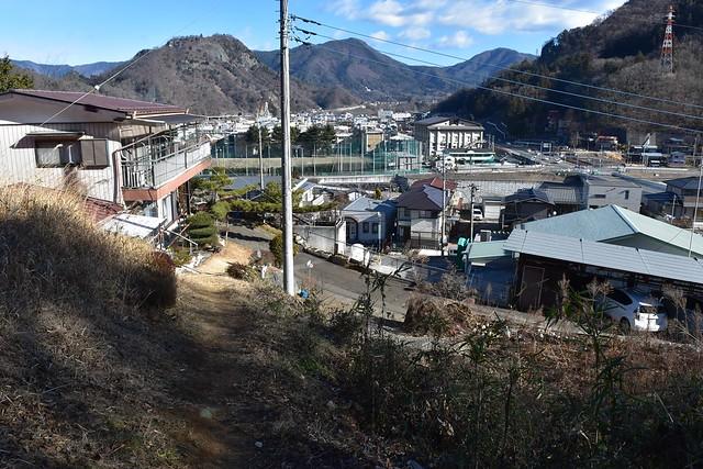 高川山(むすび山)登山口