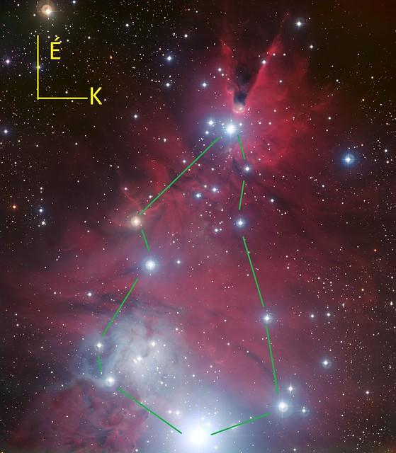 VCSE - Az NGC 2264. A Karácsonyfa-halmaz főbb csillagait zöld vonallal összekötöttük a fa jobb láthatósága érdekében. - ESO