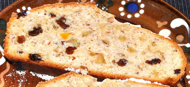 Weihnachtsstollen Quarkstollen Rosinen in Rum Nüsse Zitronat Orangeat ... Foto: Brigitte Stolle