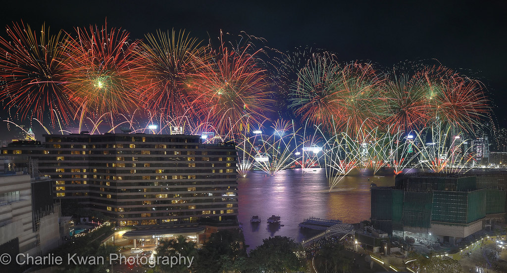 happy new year 2018 hong kong victoria harbour by charlie kwan photography