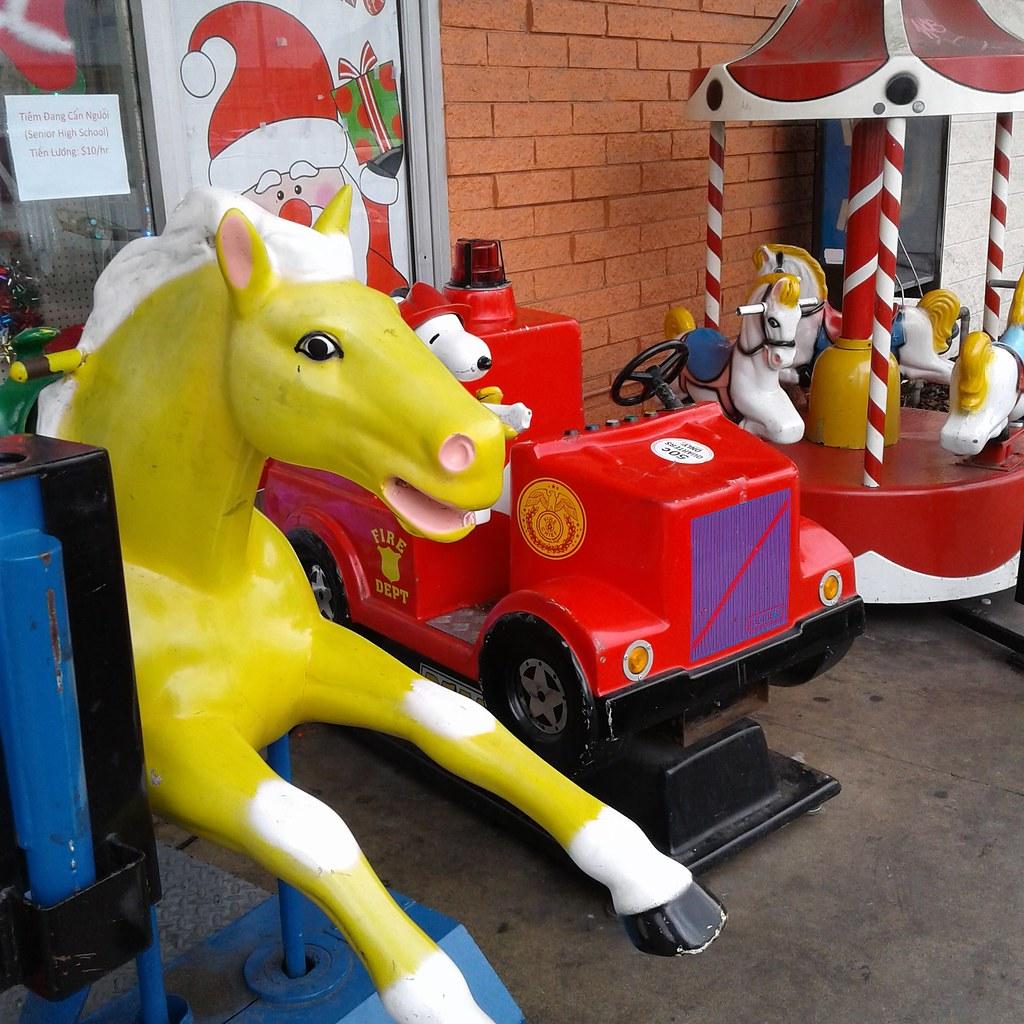 1950\'s Horse kiddie ride \