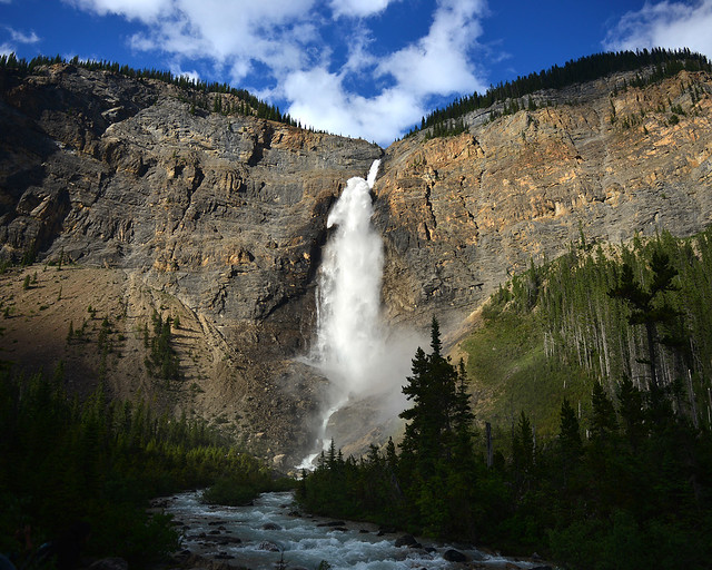 Cascadas Takakkaw en el Paque Nacional de Yoho, Canada