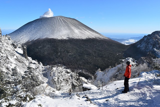 黒斑山・槍ヶ鞘から浅間山を眺める