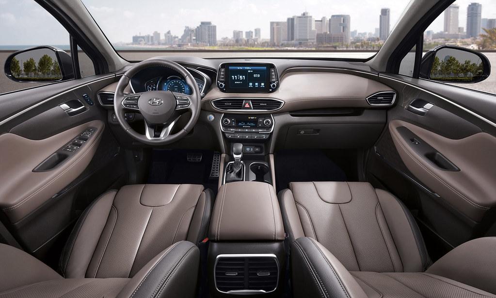 ... 2018 Hyundai Santa Fe Interior | By Derryn Wong