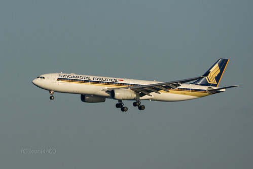 Singapore Airlines 9V-SSE | by kuni4400