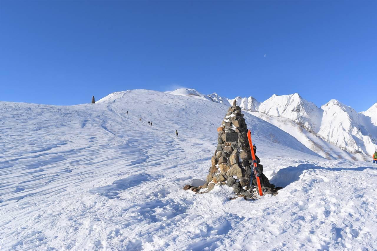 冬の八方尾根 雪山登山