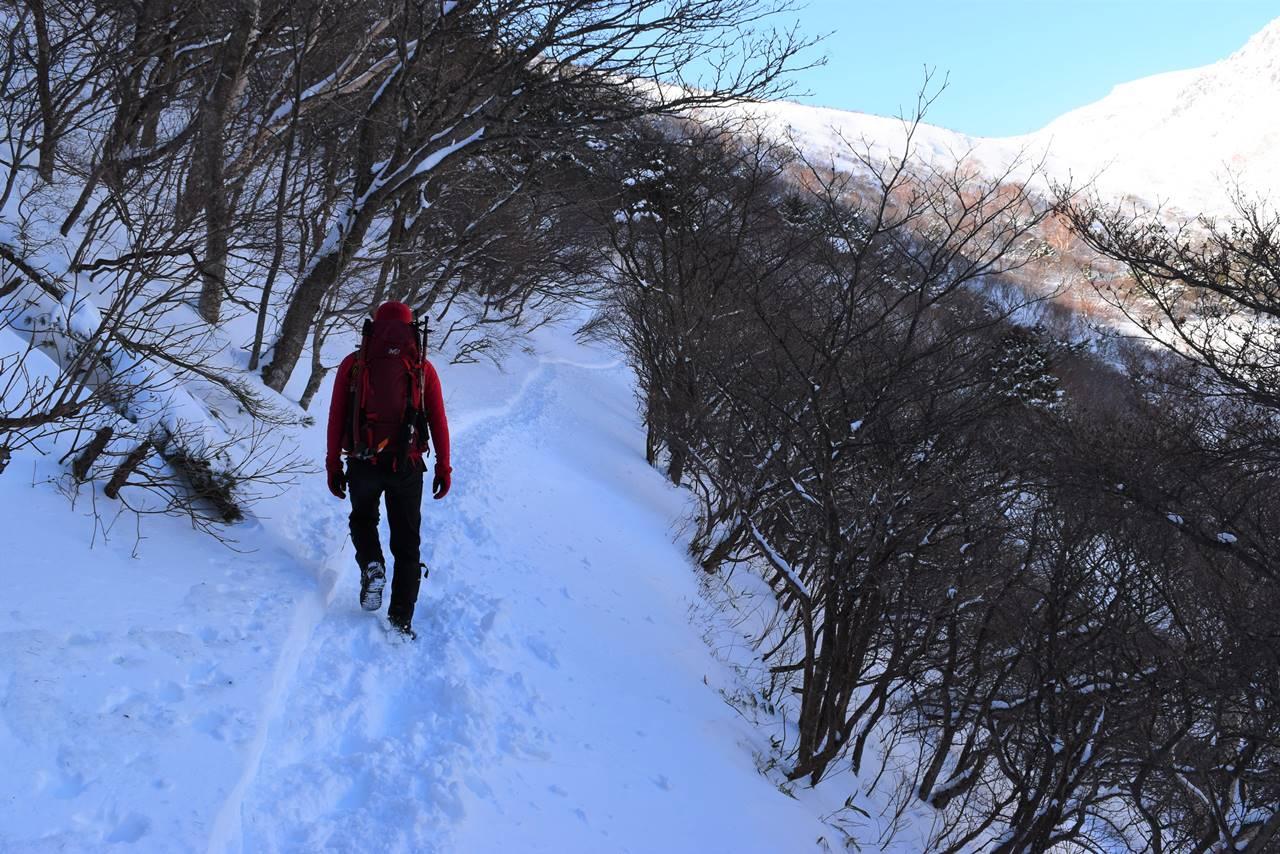 冬の安達太良山 くろがね小屋までのトラバース路