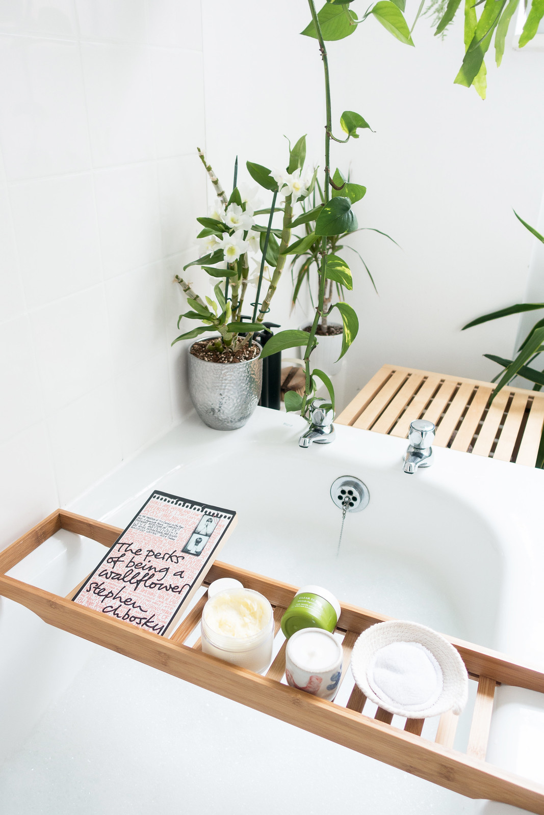 A Dreamy Bathtime Routine