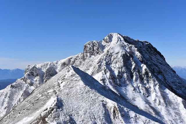 雪の阿弥陀岳