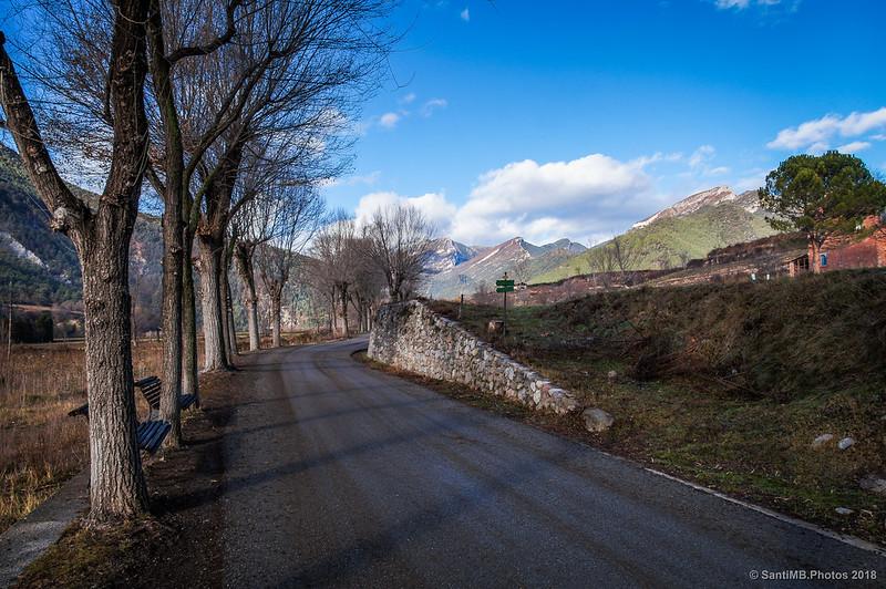 Saliendo de Bagà por la carretera de Gisclareny