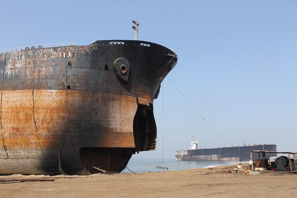 拆船業。圖片來源:NGO Shipbreaking Platform