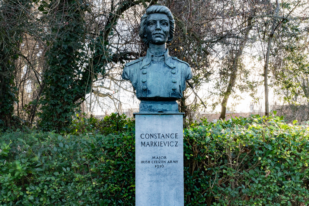BUST OF COUNTESS MARKIEVICZ 001