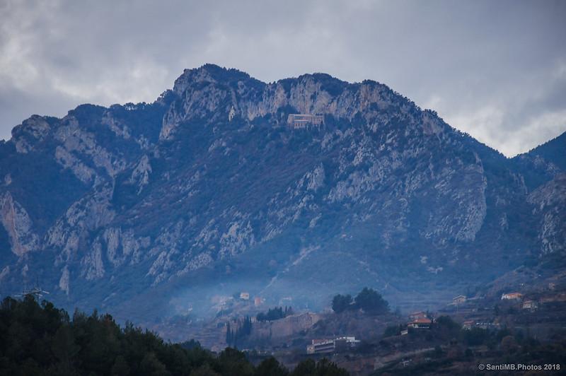 Castellberguedà con el Santuario de Queralt