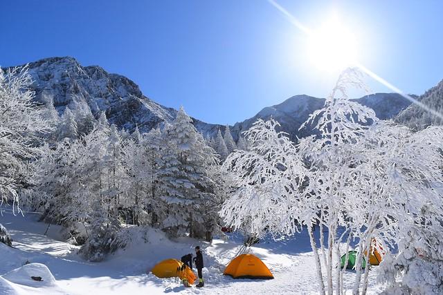 樹氷と行者小屋テント場