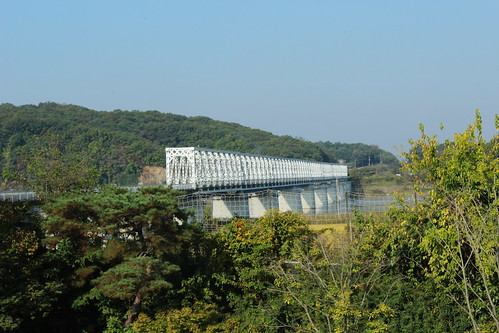 Railway bridge into the DMZ | by Timon91