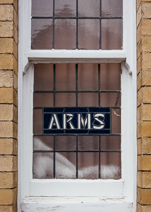 butchers arms pub window, canton