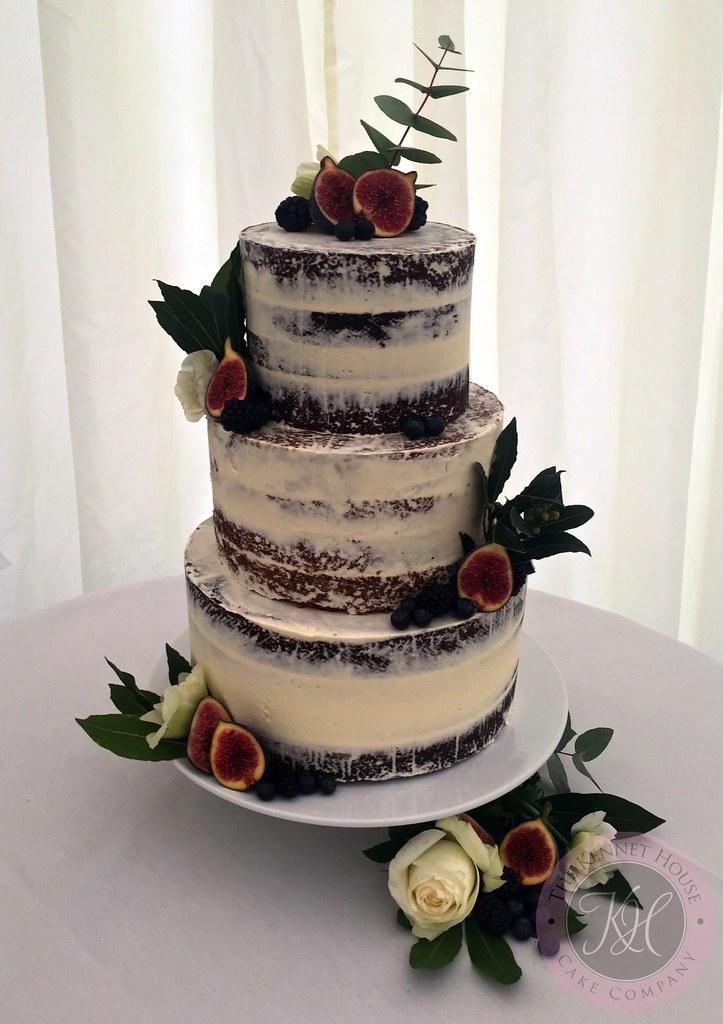 How Cut A Wedding Cake