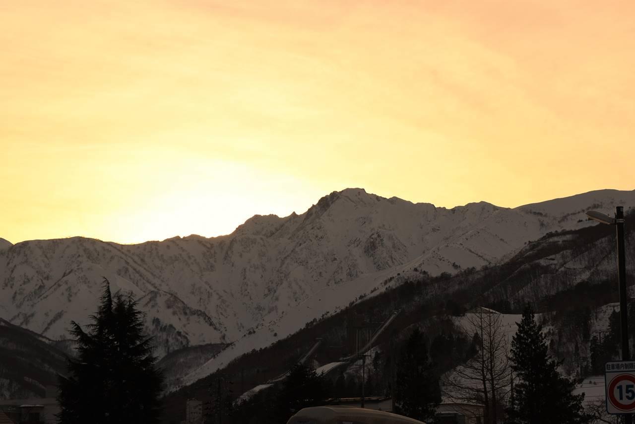 白馬岳と夕日