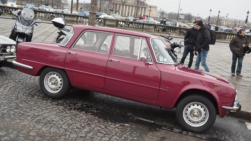 Alfa Romeo Giulia Super - Paris Janvier 2018 24724338987_444041dfe1_c