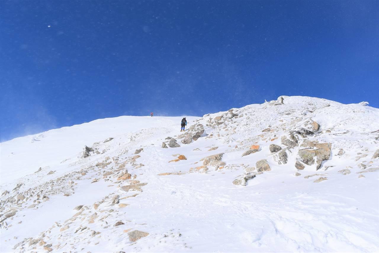 唐松岳山頂直下の急登