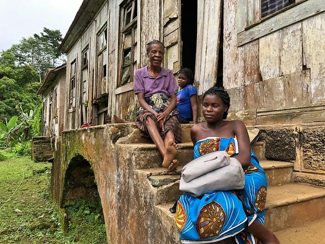 Mujeres en Roça Sao Nicolau (Santo Tomé y Príncipe)
