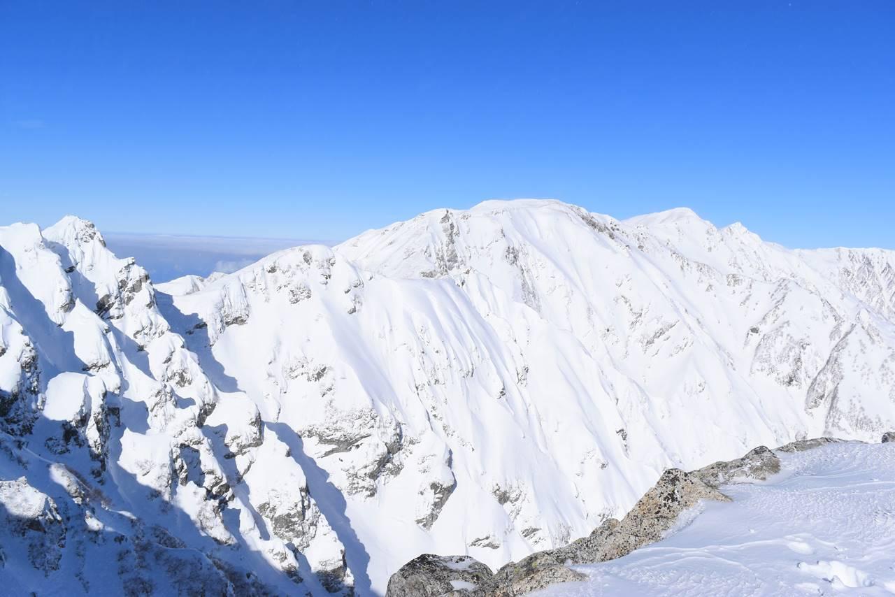 冬の白馬岳の稜線