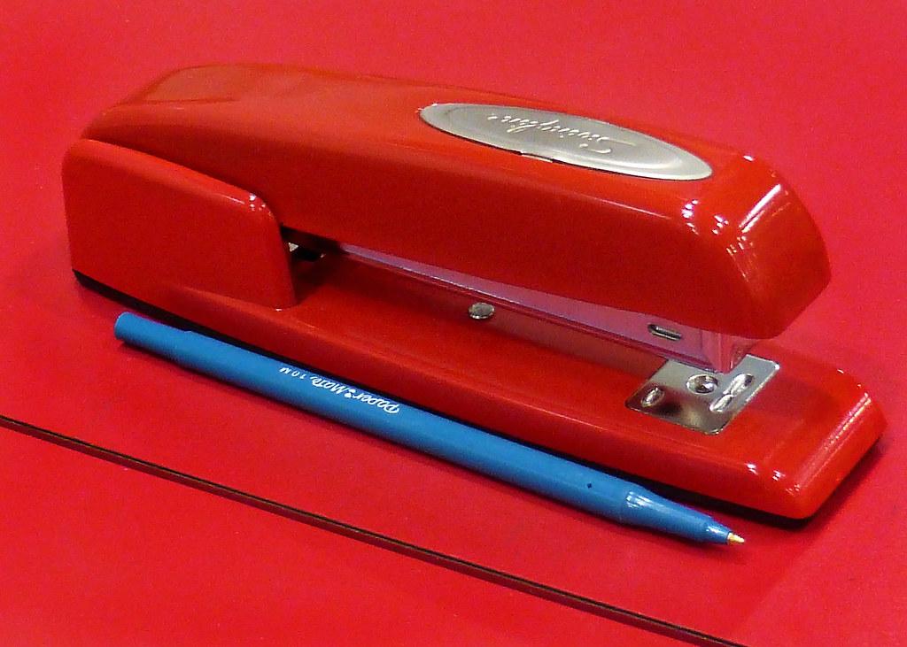Red Stapler With Blue Pen Classic Red Swingline Stapler On Flickr