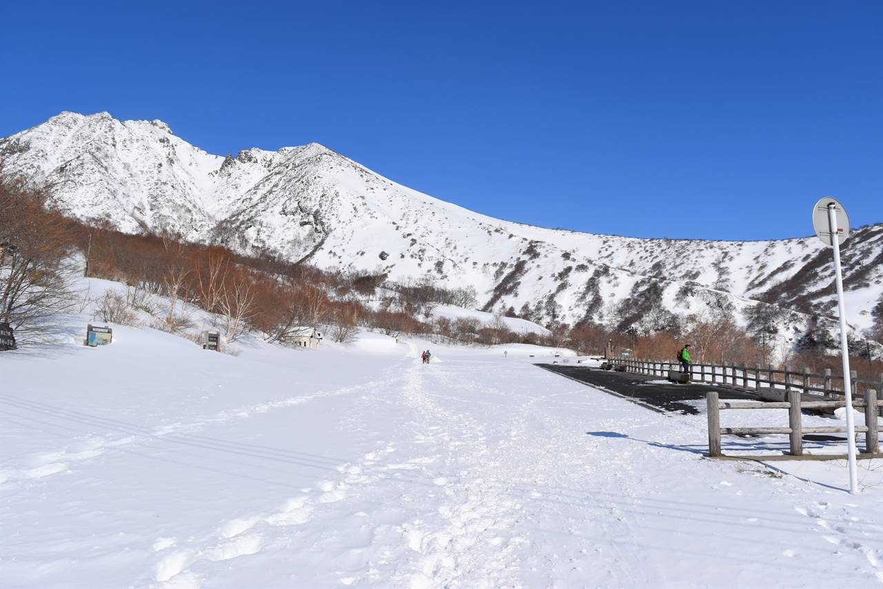 那須岳・峠の茶屋駐車場