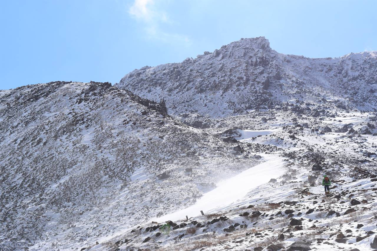冬の那須岳・茶臼岳登山