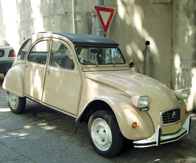 """Ente"" Citroen 2 CV ... Brigitte Stolle"