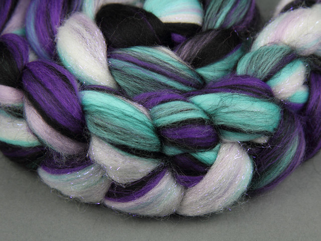 Rebel Blend extra fine Merino and Stellina combed top/roving spinning fibre 125g – 'Intergallactic'