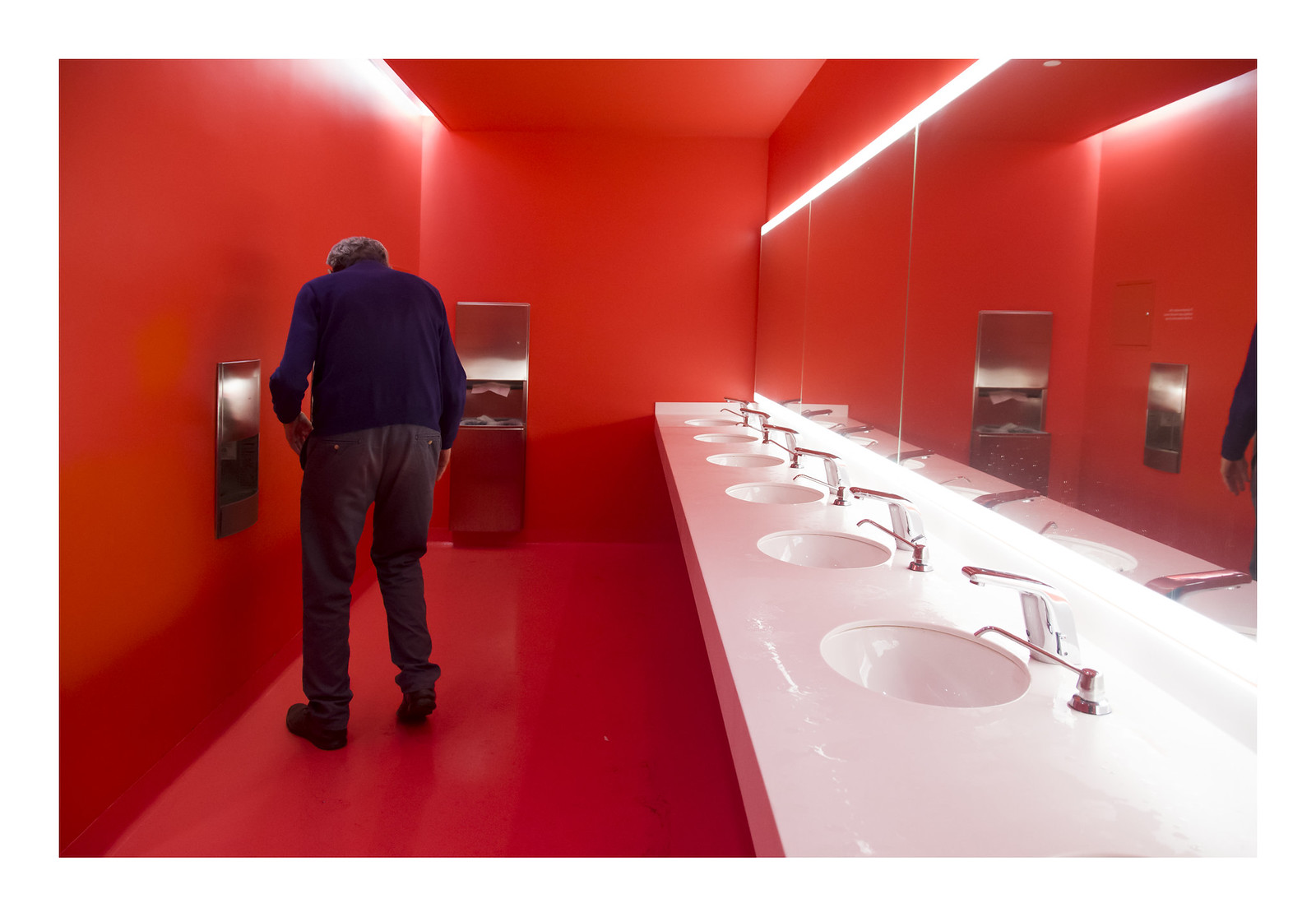 red restroom | by philippe*