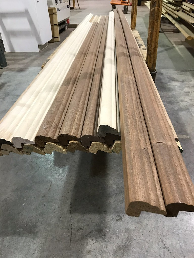 ... HardwoodsIncorporated BR158 Bar Top Rail Molding | By  HardwoodsIncorporated