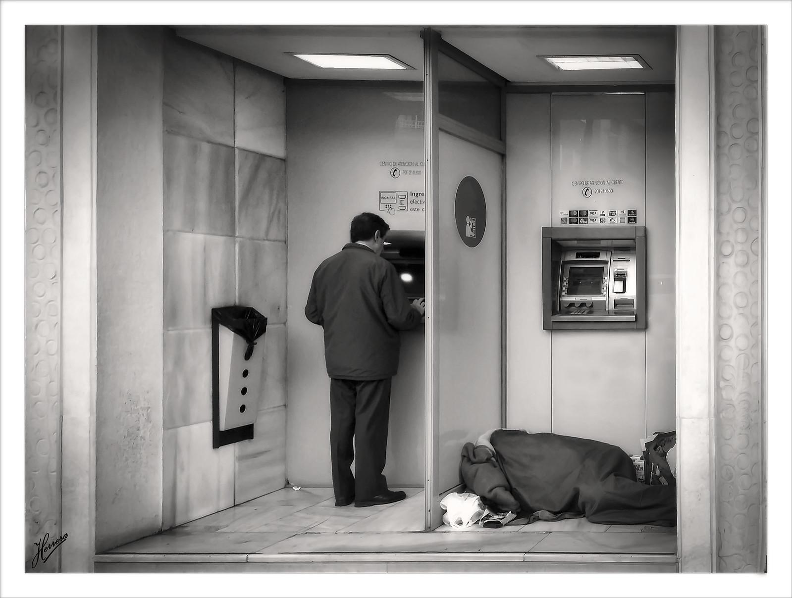 "Da que pensar ""en que mundo vivimos"" | by Herrera Fotografías"