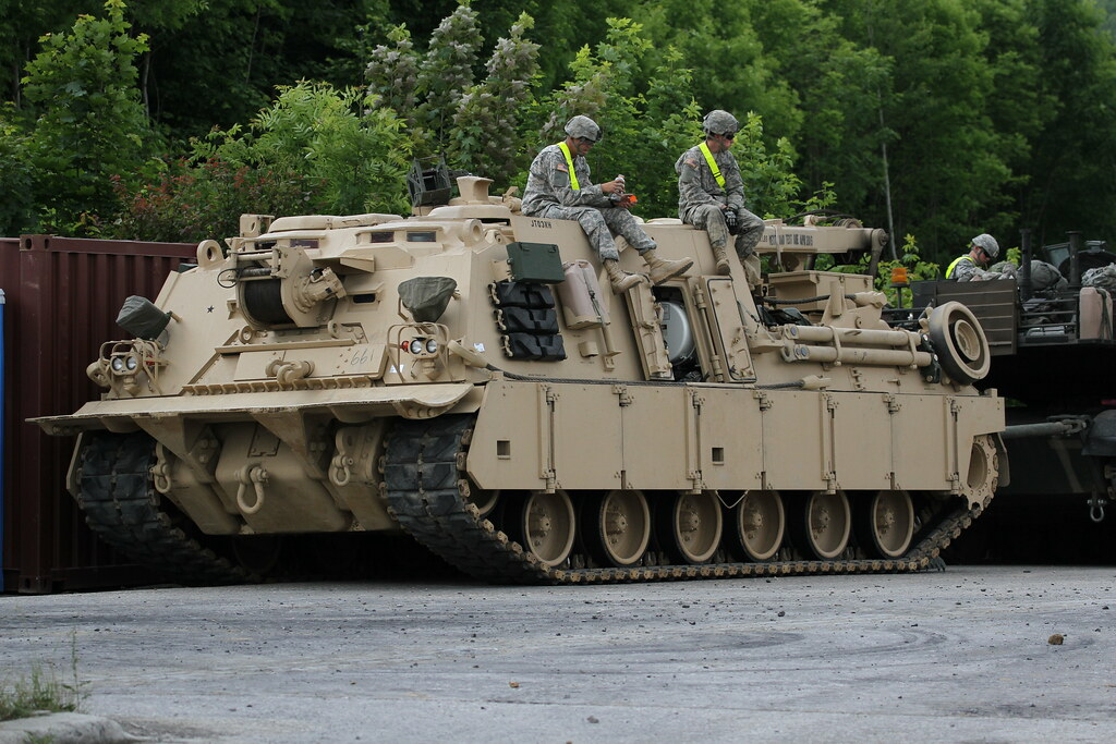 M88 us army us armoured recovery vehicle by the us army flickr m88 us army by combat camera europe reheart Images