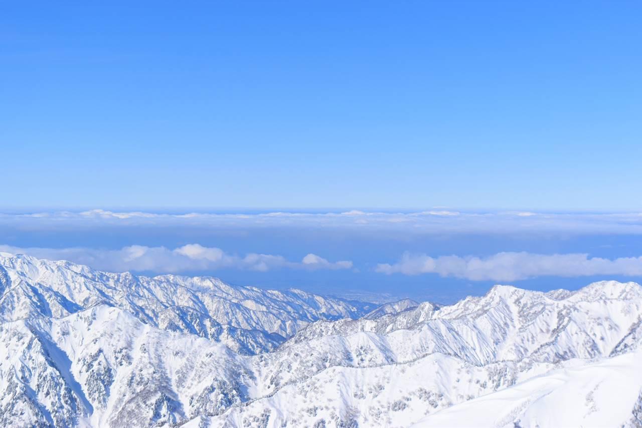 唐松岳山頂からの日本海