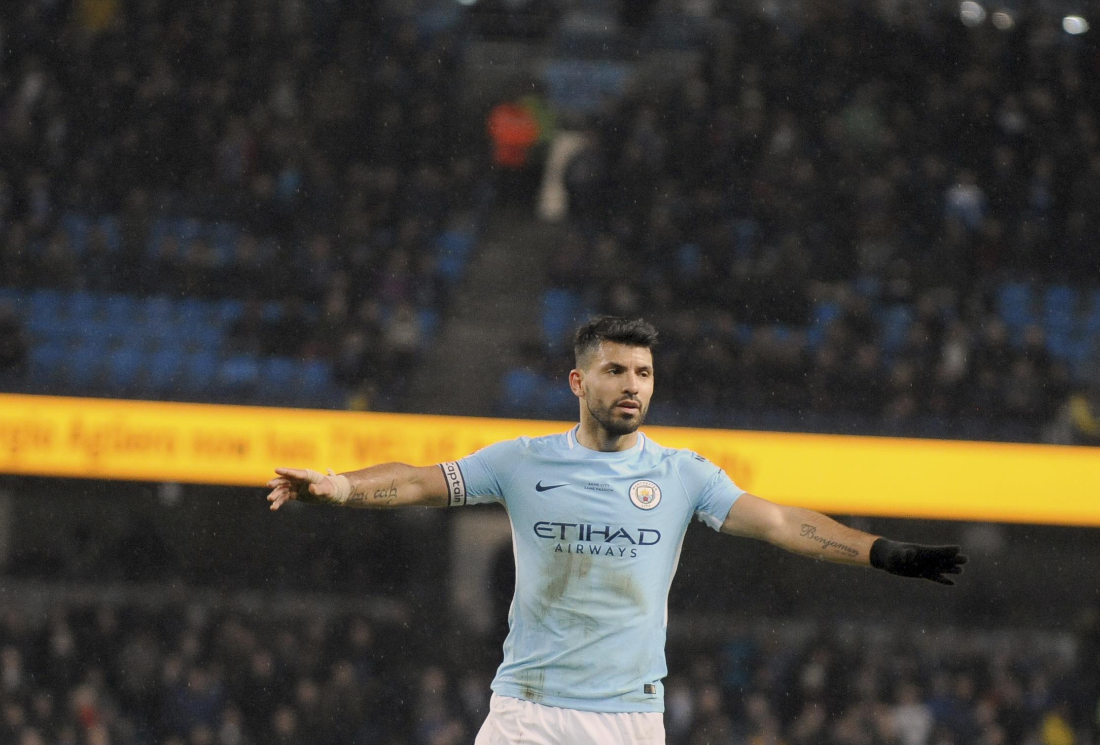 Sergio Aguero攻進單場第4個進球後慶祝。(達志影像)