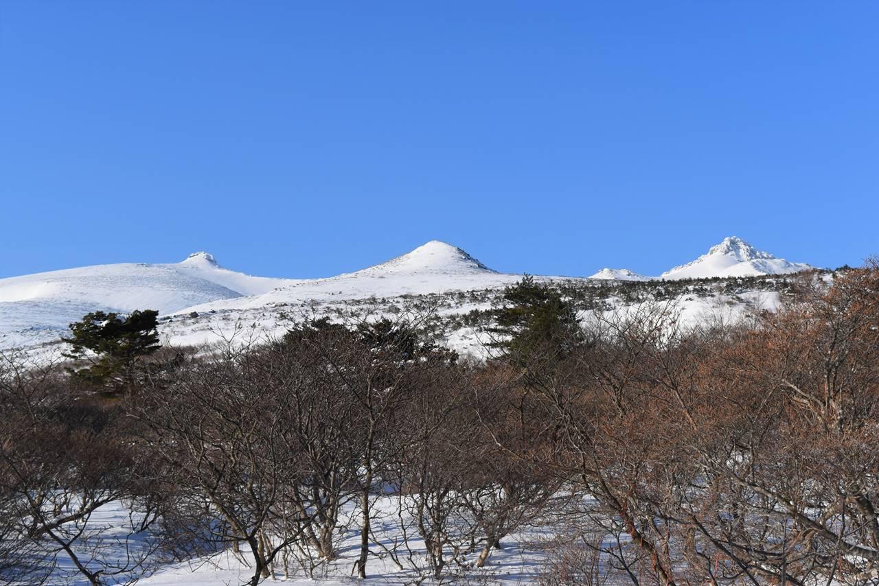 冬の安達太良山 山頂の乳首と矢筈森
