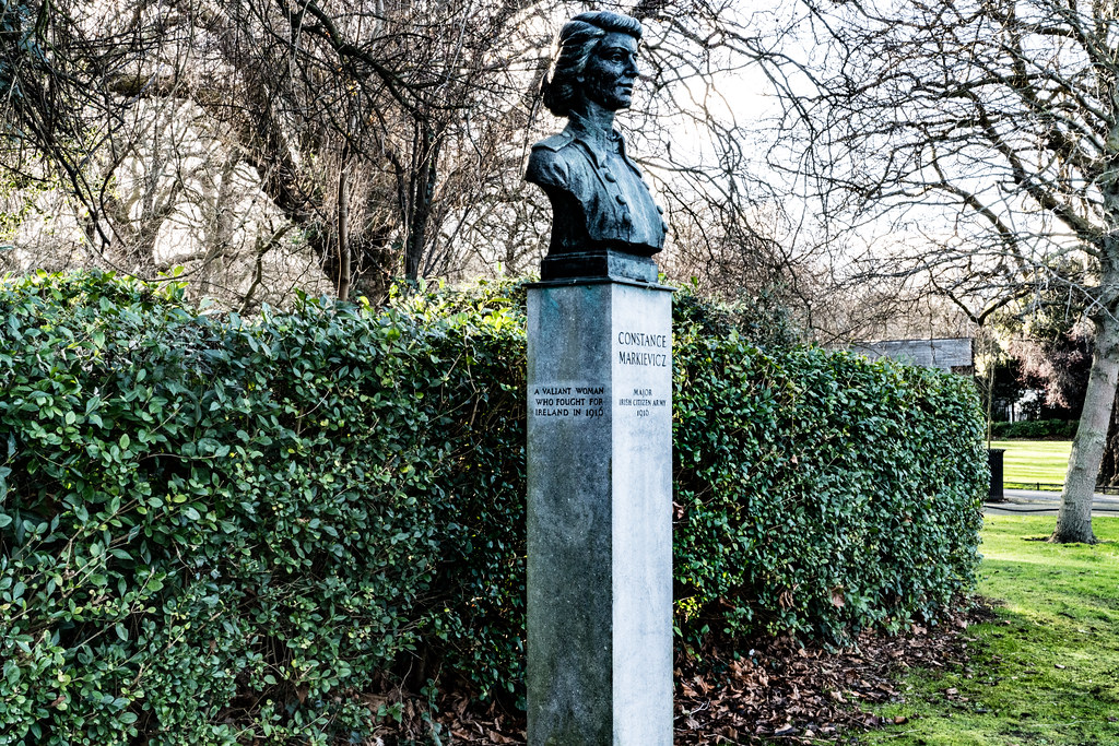 BUST OF COUNTESS MARKIEVICZ 004