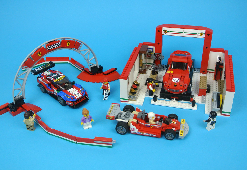 LEGO Speed Champions 75889 Ferrari Ultimate Garage review