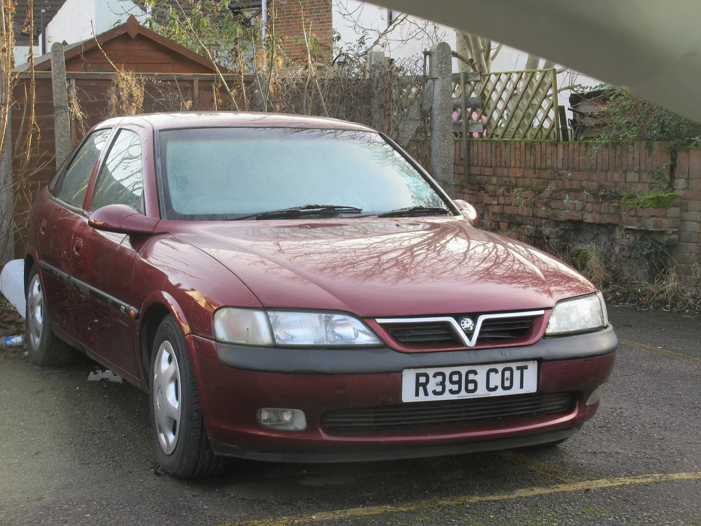 1998 Vauxhall Vectra 25 V6 Cd Old Surrey Cars Flickr By