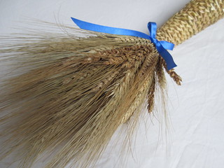 Harvest neck corn dolly