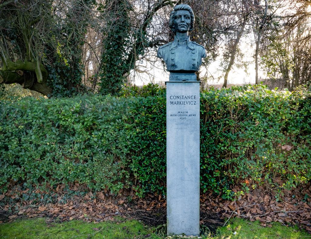 BUST OF COUNTESS MARKIEVICZ 003