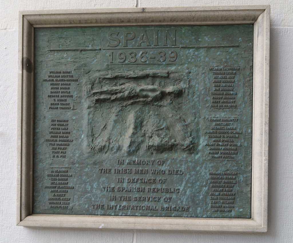 SPANISH CIVIL WAR MEMORIAL AT LIBERTY HALL 002