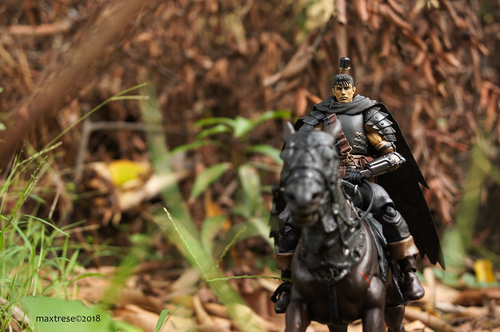 Figma Guts Blacks Swordsman re-issue and LOTR Ringwraith horse by Toy Biz