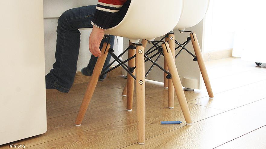 sillas para niños de estilo nórdico