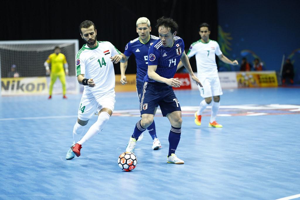 日本(藍)晉級今年五人制足球亞錦賽決賽。(AFC提供)